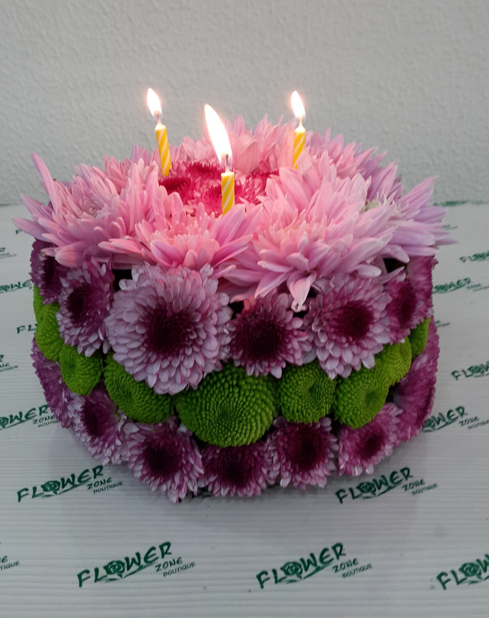 Home Flowers Floral Cake Previous Next